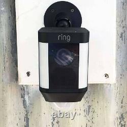 Ring Spotlight Cam Battery-Powered Security Camera Black (8SB1S7-BEN0)