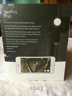 Nouveau! Ring Floodlight Camera Motion Activé Hd Security Cam Two-way Talk Black